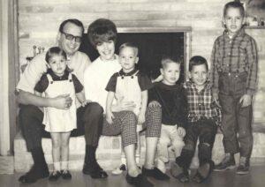 1_Dad-Photos2.Family (1)
